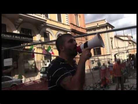 sede parlamento roma casapound blitz a sede parlamento europeo in solidarieta
