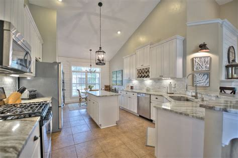 69 best functional florida tallahassee kitchens images