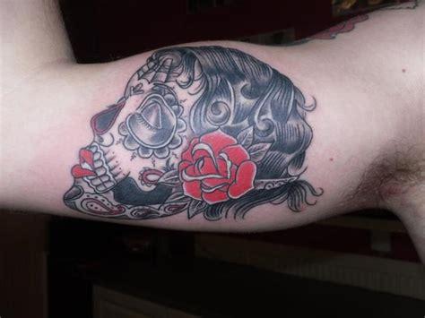tattoo old school mujer tatuaje brazo old school mujer por dezign tattoo