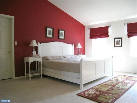 red accent wall 1000 ideas about red accent walls on pinterest red