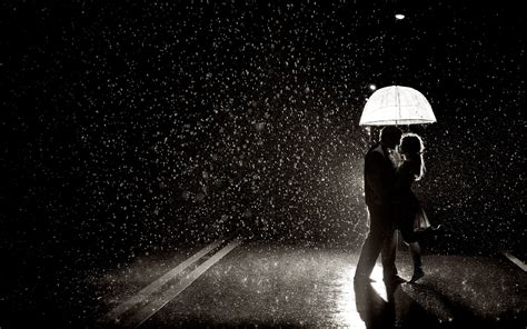 couple wallpaper with rain loving couple in rain desktop wallpaper hd wallpapers