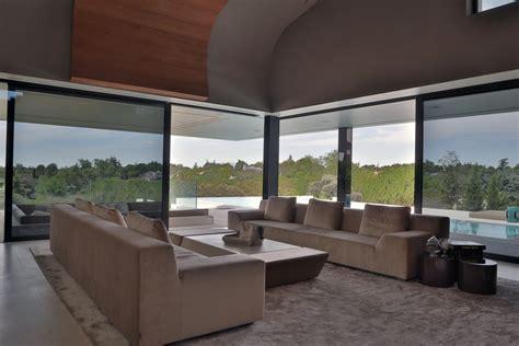 Futuristic Homes Interior Glass Walls Living Room Futuristic Home In Madrid Spain