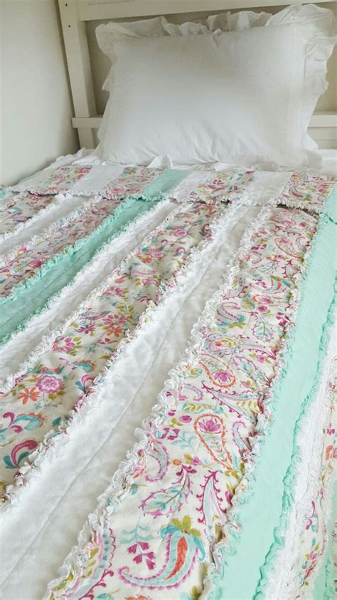 quilt pattern twin size the 25 best beach quilt ideas on pinterest ocean quilt