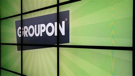 haircut groupon chicago groupon to cut 1 100 jobs about 10 percent of work force