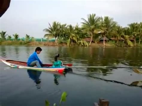 fast homemade boat check out this insanely fast homemade thai motorboat