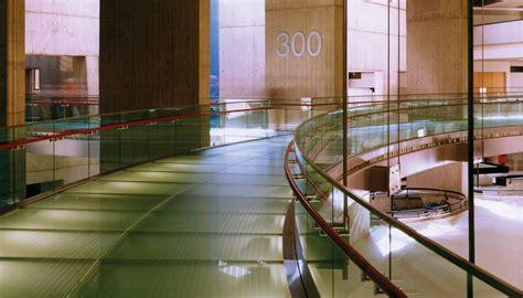 Som General Motors Renaissance Center Interiors