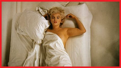 marilyn monroe in bed in bed with marilyn monroe 1961 youtube