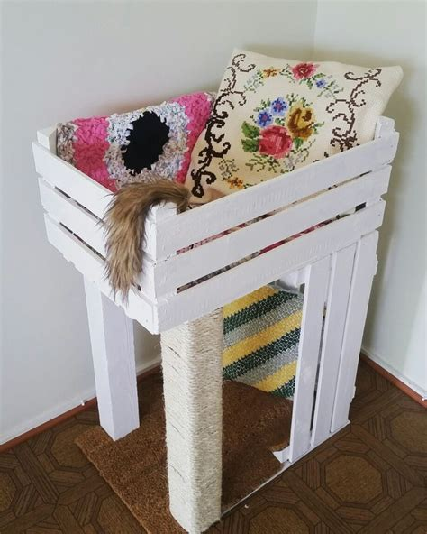 Handmade Cat Beds - 1000 ideas about cat scratching post on cat