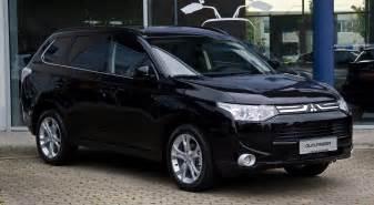 Mitsubishi Outlanders Images