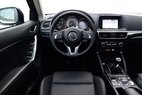 Mazda Cx 5 2015 Interior by New Mazda Cx 5 2015 Facelift Pictures Auto Express