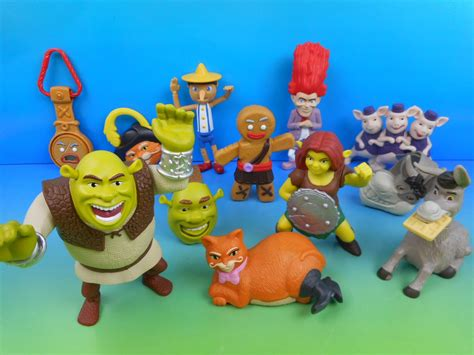 Happymeal Mac Donalds Karakter 3 2010 shrek forever after boxed set of 12 mcdonald s happy