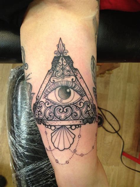 illuminati tattoos illuminati eye on inner bicep