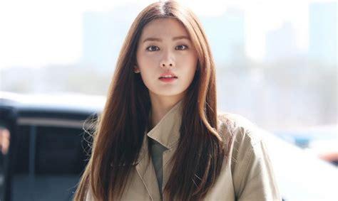 nana im jin ah kiss top 10 most beautiful women in the world 2019