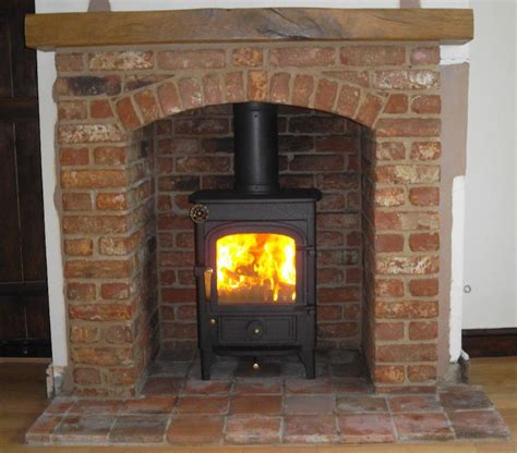 Great Stoves And Fireplaces by Clearview Pioneer Wood Burning Stove With Brick Arch And