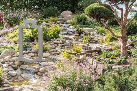 bachlauf aus stein referenzen galerie zanders gartenbau aus viersen