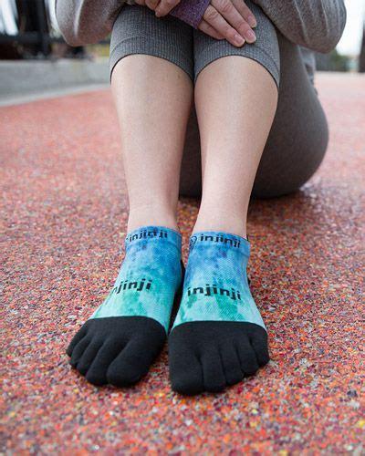minimalist socks 9 best injinji spectrum images on spectrum