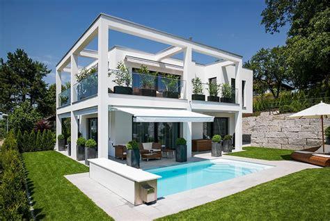 imagenes de casas con jardines grandes jardines y terrazas 75 ideas creativas de dise 241 o que inspira