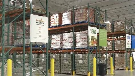 Food Pantry Appleton Wi by Feeding America Opens New Food Bank In The Fox Valley Wluk