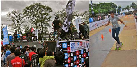 Kaos Radiohead 03 International Band Ordinal Apparel band cloth 2012 festival musik vs clothing company