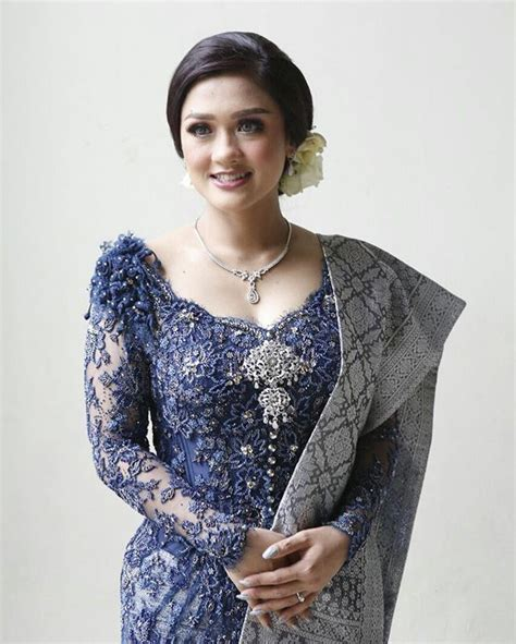 design baju yang gempak 1670 best images about traditional kebaya on pinterest