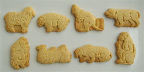 whole grain jungle crackers animal cracker cookies recipe dishmaps