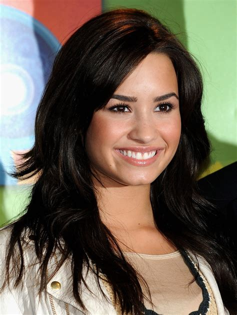 Demi Lovato Hairstyles by Wallpapers Photograpy Demi Lovato Hairstyles