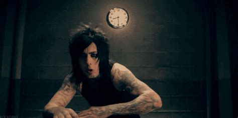 ronnie radke gif find amp share on giphy