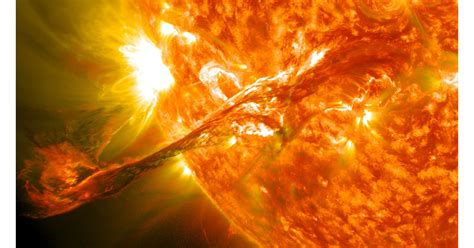 sound waves  travel  space  sun burning