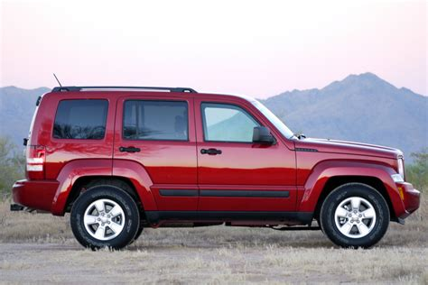 Jeep Liberty Sport Reviews 2010 Jeep Liberty Sport Review Photo Gallery Autoblog