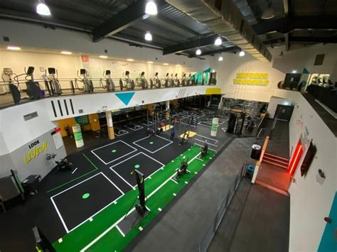 gyms  fitness centres   allowed  reopen