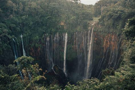 wisata coban sewu lumajang tempat wisata indonesia