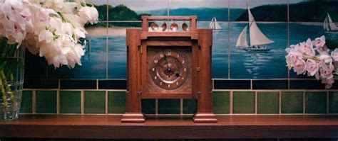 Symbolism In The Great Gatsby Mantle Clock | defunct mantelpiece clock the great gatsby chapter v
