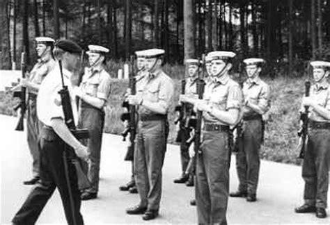 roeien hilversum beeldbank nederlands instituut voor militaire historie