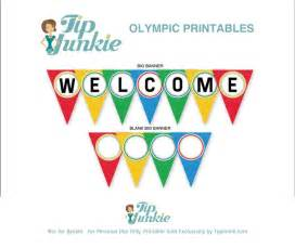 welcome triangle pennant banner free printable banners