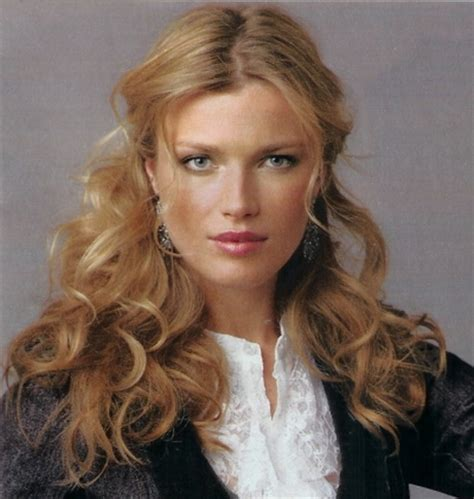 professional hairstyles long curly hair professional hairstyles for long hair