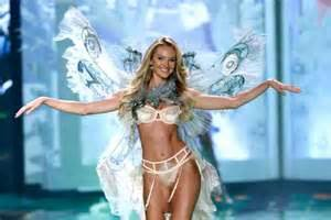Candice swanepoel candice swanepoel on the runway at the 2014 victoria