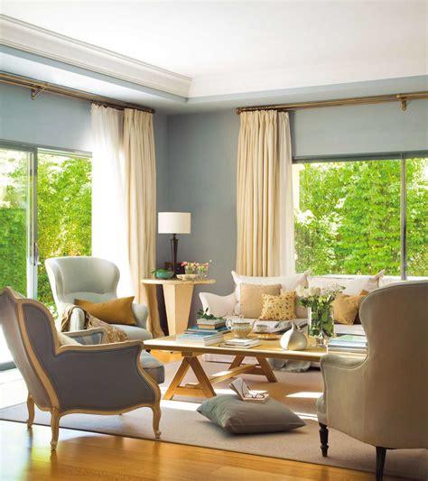 sofa marron de que color las paredes imagenes planos
