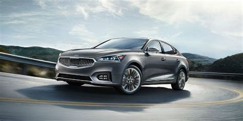who is the in the new kia commercial who s in the new 2017 kia cadenza commercial
