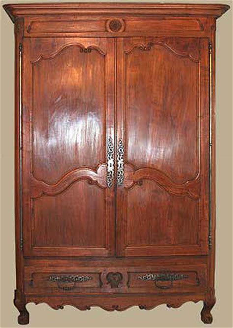 armoire brocante armoire louis xv notre brocante ebenisterie chaissac fr