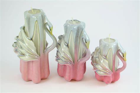 candele intagliate candela intagliata cigno rosa e bianco candele shop