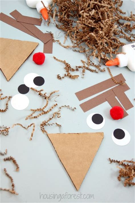 rudolph crafts for preschoolers shredded paper reindeer craft housing a forest