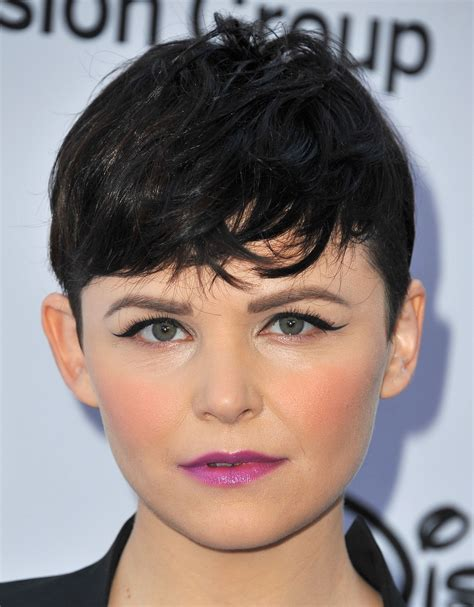 best piecey pixie haircut pixie haircut 12 ways to style the cut stylecaster