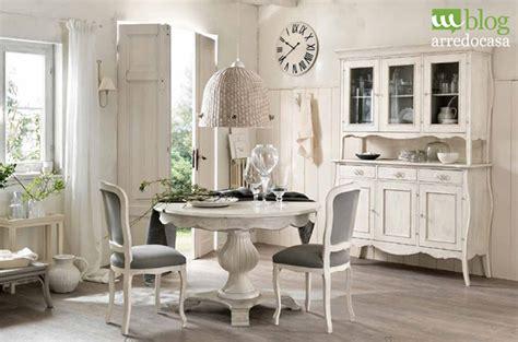 mobili stile provenzale bianchi arredare con i mobili decapati in stile provenzale shabby