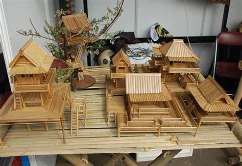 inspirasi peluang bisnis miniatur  bahan bambu