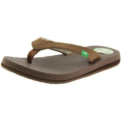 the most comfortable flip flops 17 best images about sanuks sandals on pinterest most
