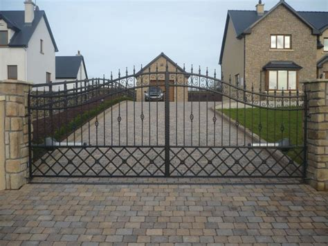 decoration wrought iron entrance gates design ideas