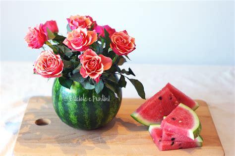 centro tavola fiori centrotavola estivo fai da te con fiori freschi e anguria