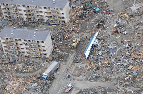 7 Most Deadly Tsunamis In History by Japan S Deadly Earthquake And Tsunami Year In Review 2011