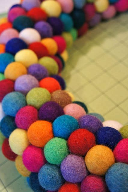 pattern felt ball diy felt ball wreaths craft projects pinterest felt