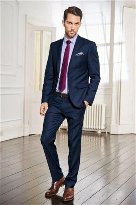 what color shoes with navy suit what color shoes should i wear on my on a navy blue